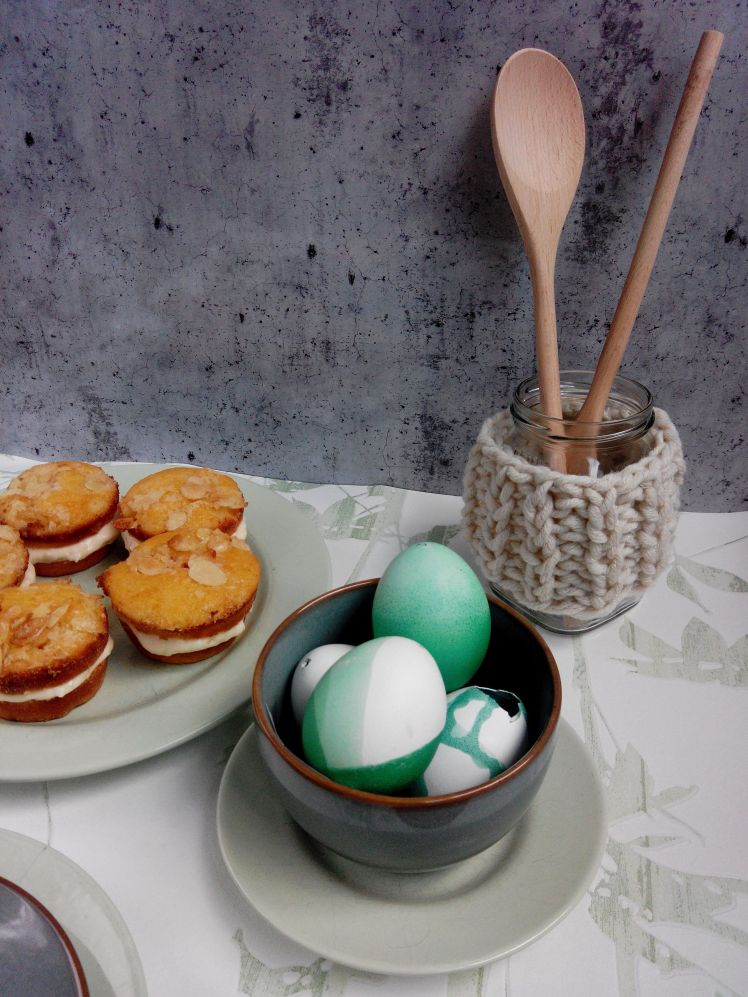 2016_03_Easter_Eggs_and_Bienenstich_Recipe (4)